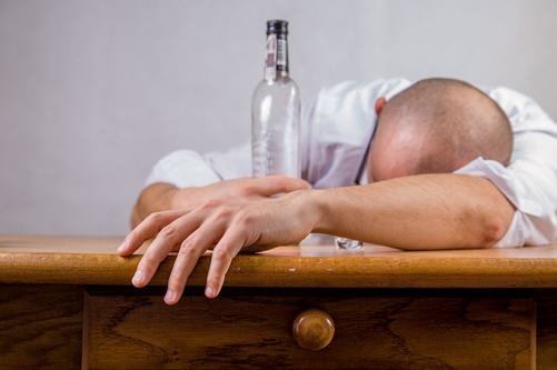 Control your Problem Drinking with Hypnosis